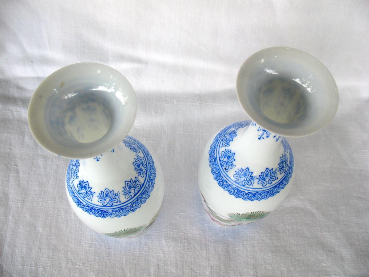 Deux vases signés en porcelaine coquille d'oeuf. Décor de grues. Chine, années 40-photo-4