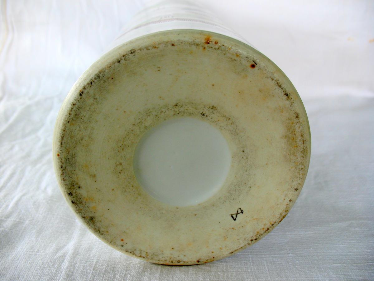 Vase rouleau en porcelaine de Chine. Décor paysage et pêcheur. Début XXème-photo-6