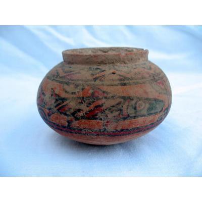 Poterie antique de la Vallée de l'Indus. Décor aux poissons. Vers 2500 avant JC