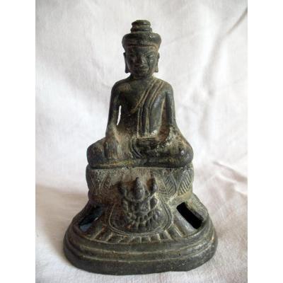 Bouddha en bronze. Empire Khmer. Cambodge, XVIIIème siècle
