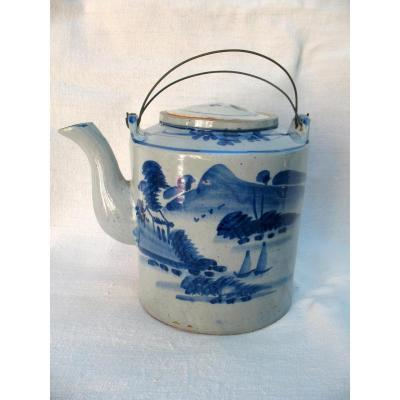 Exceptional Teapot By His Size In Sandstone White Blue. Vietnam, End Of The XIXth Century