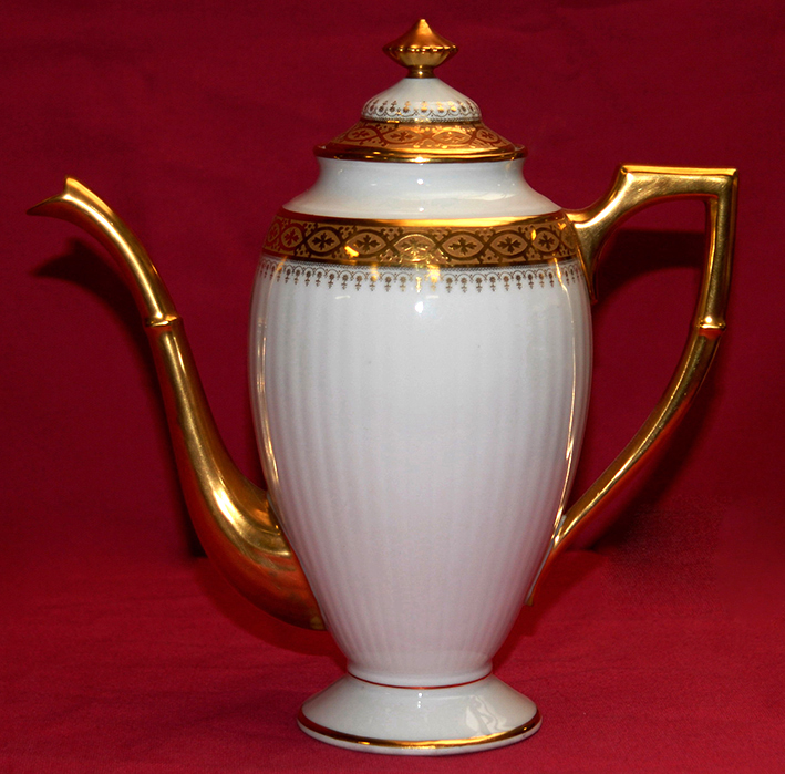White Porcelain Coffee Maker And Inlay Gold, Limoges.