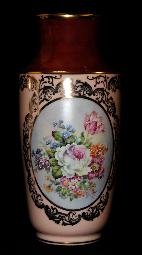 Vase en porcelaine de Limoges peint main, bouquet de fleurs.-photo-4
