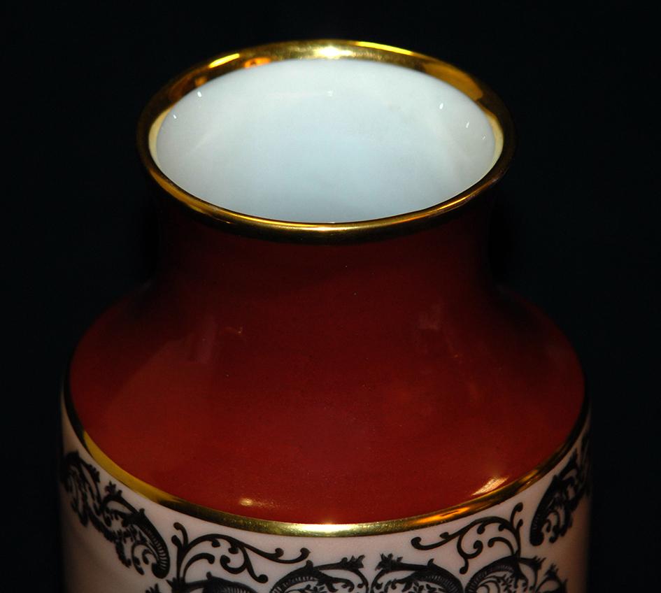 Vase en porcelaine de Limoges peint main, bouquet de fleurs.-photo-5