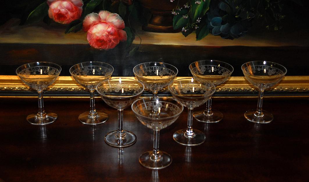Série De 8 Coupes à Champagne, Verres à Cocktail En Cristal Gravé, Début XXème.