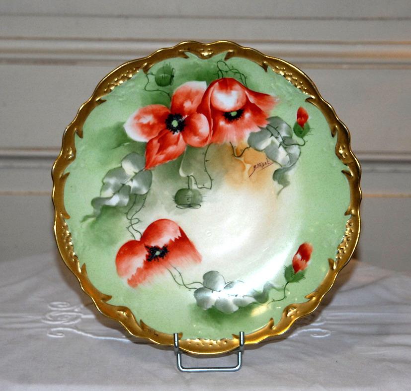 Assiette Décorative, Porcelaine De Limoges, Peinte à La Main.