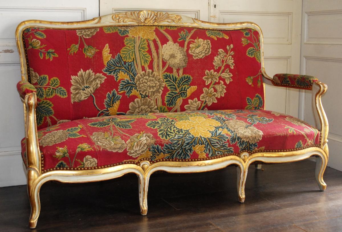Canapé De Style Louis XV En Bois Doré Et Laqué, Goût Vénitien.