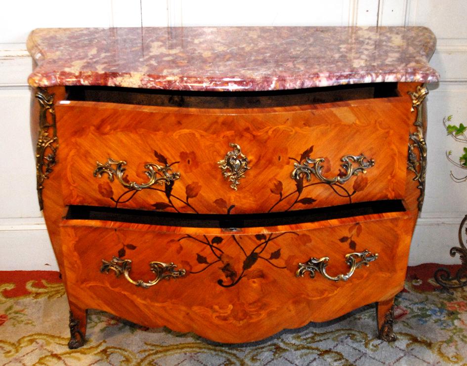 Commode sauteuse louis xv en marqueterie et bois de - Commode louis xv bois de rose ...