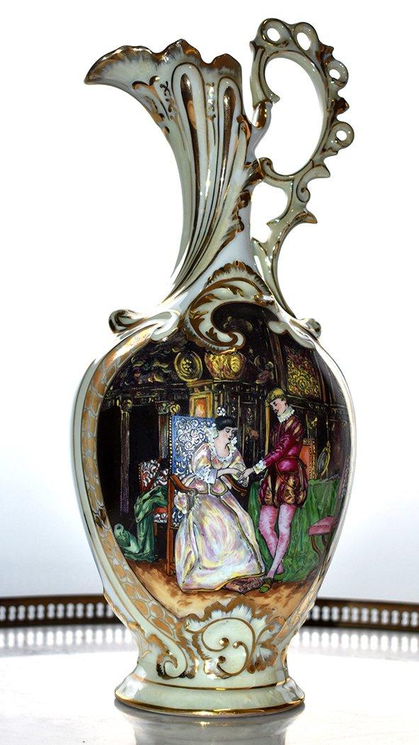 Paire d'Aiguières En Porcelaine De Limoges Décor Renaissance, Peint Entièrement à La Main.-photo-1