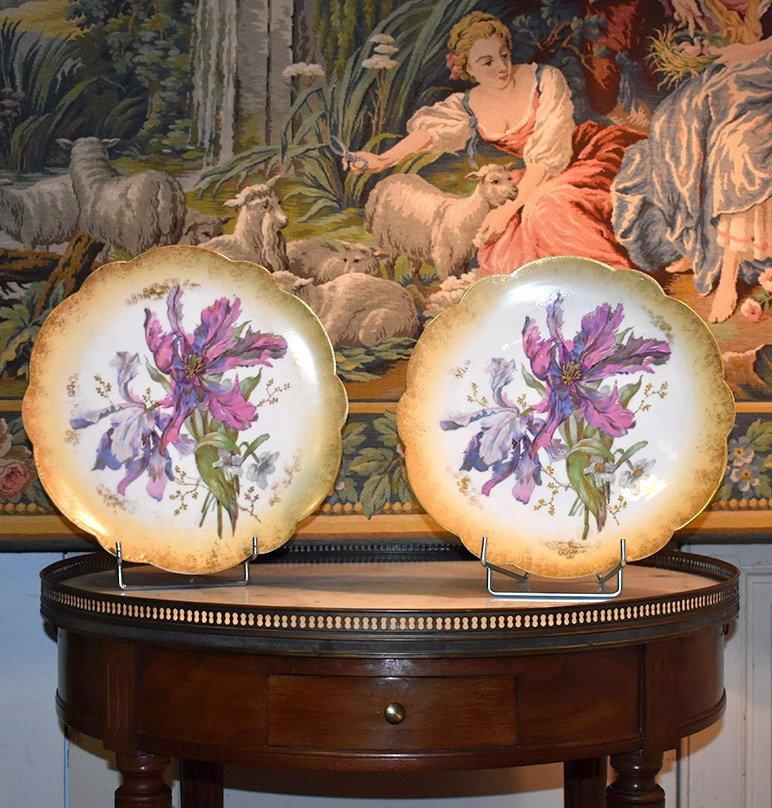 Paire De Grands Plats Décoratifs En Porcelaine De Limoges Décor Floral Peint Main , Fin XIX ème