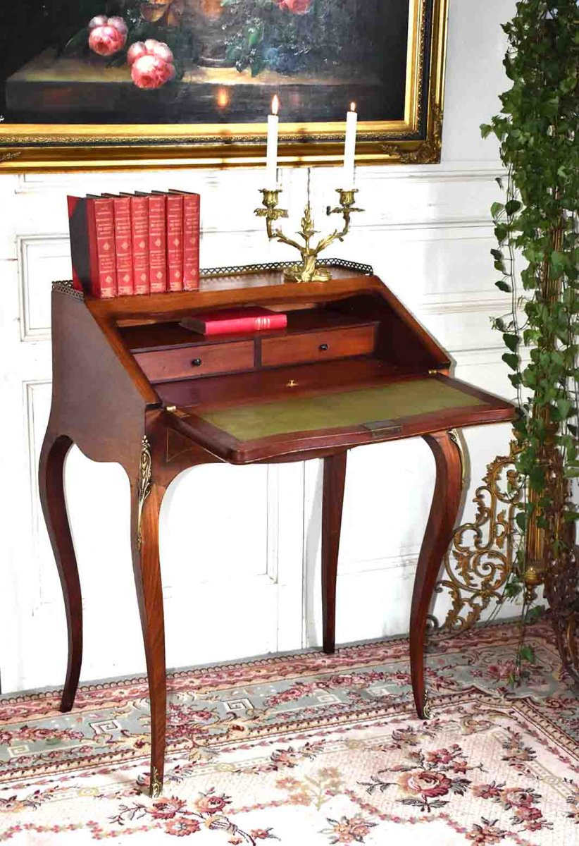Slope Desk, Lady Secretary With Floral Marquetry Decor, Louis XV Style.