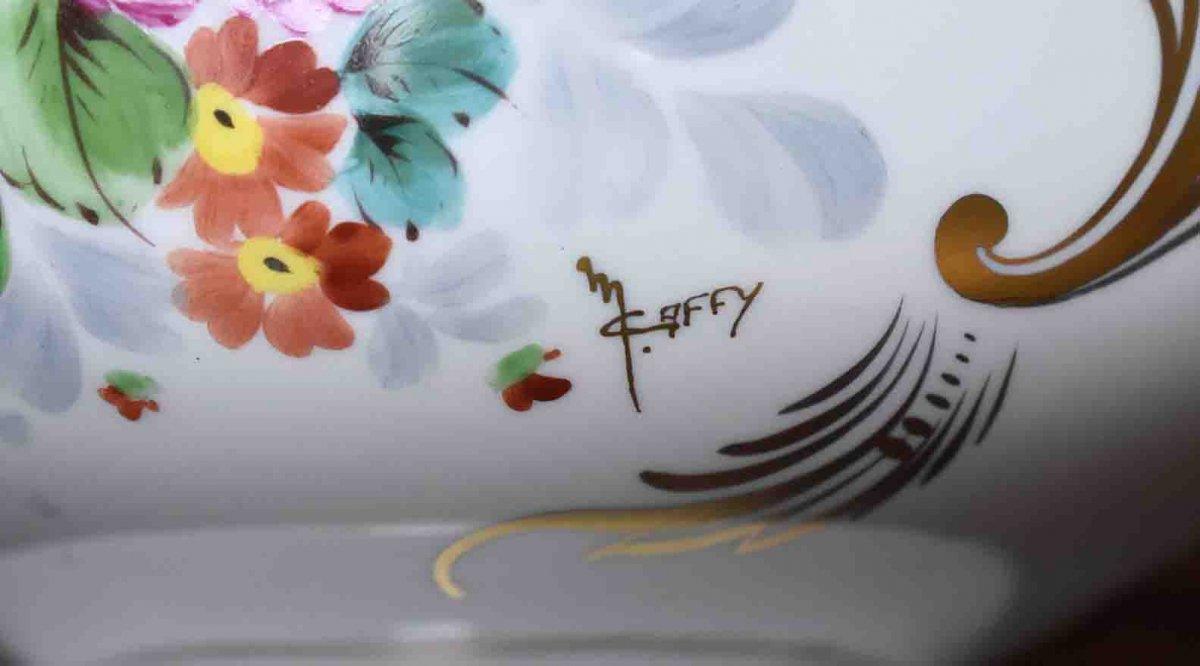 Grand Cache - Pot En Porcelaine De Limoges  à Décor Floral , important centre de table Peint Main Signé Caffy.-photo-7
