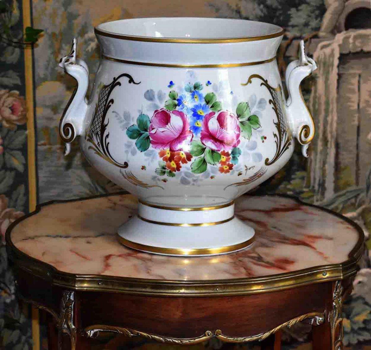 Grand Cache - Pot En Porcelaine De Limoges  à Décor Floral , Peint Main Signé Caffy.