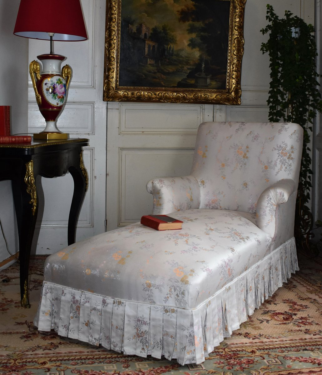 Sofa Napoleon III, White Silkened Fabric