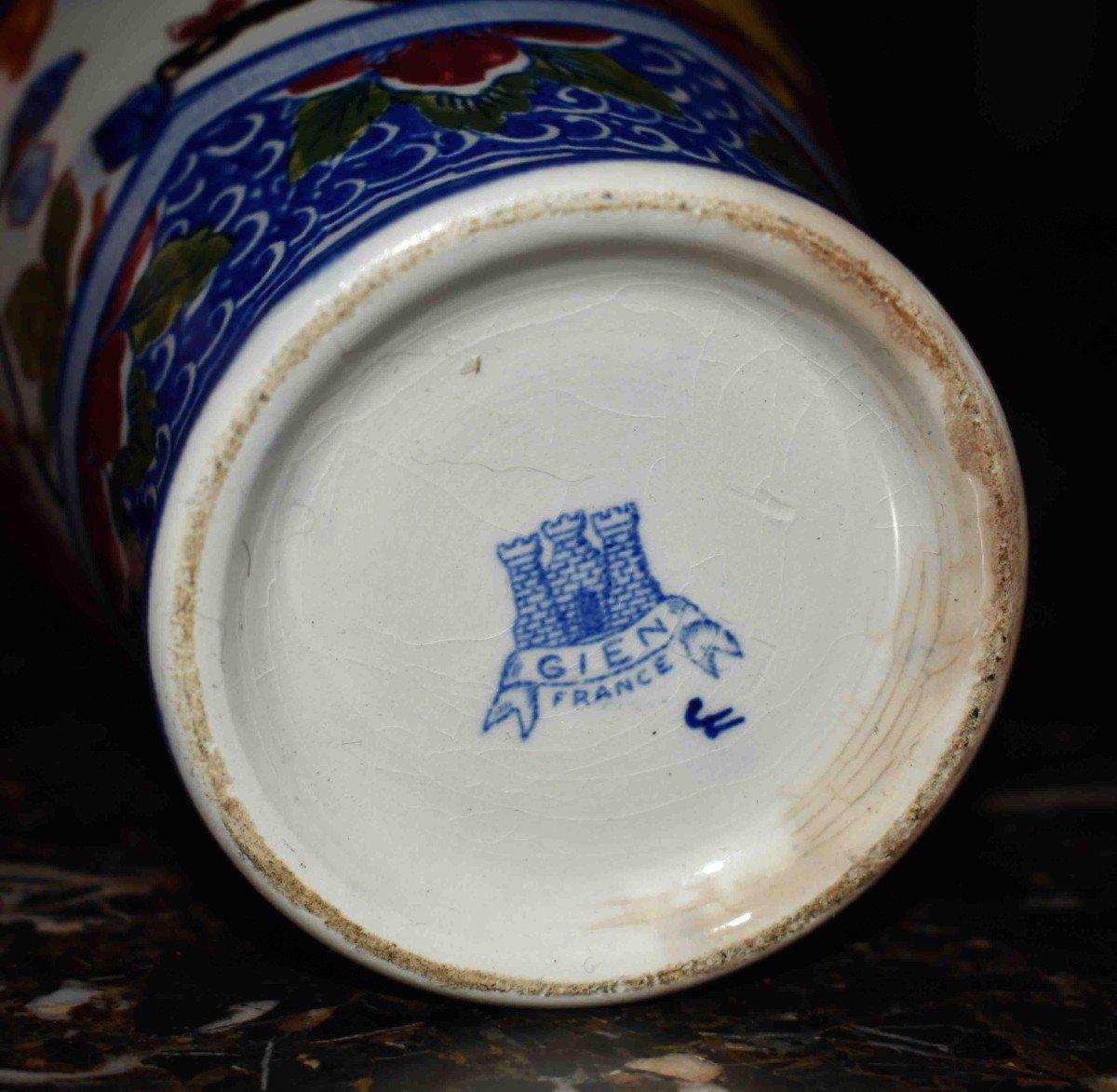 Vase En Faïence De Gien de  Forme Amphore à deux anses , Modèle Pivoine.-photo-7