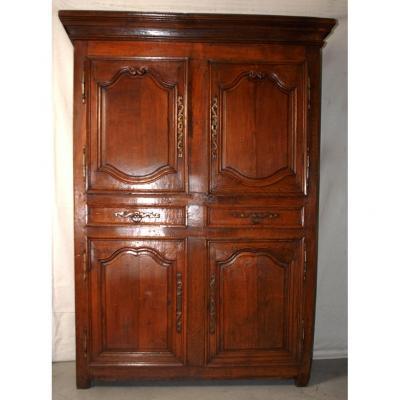 Buffet à 4 portes ou quatre vantaux en chêne, armoire  XVIIIème