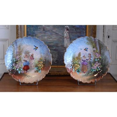 Pair Of Decorative Plates In Porcelain, Scene Galante, Nineteenth.