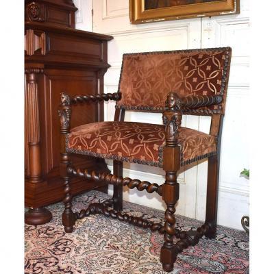 Chaise à Bras, Fauteuil Style Louis XIII En Noyer , XIXème.