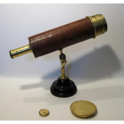 Petit Télescope Grégorien En Laiton Doré Par Passemant, Circa 1750