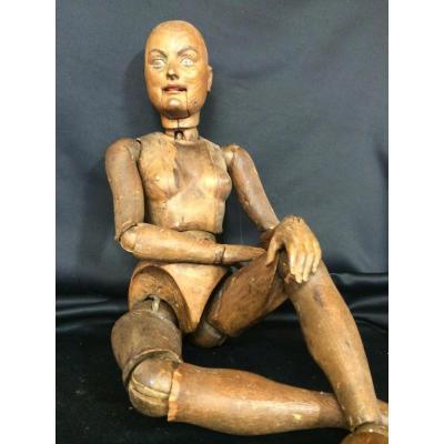 Female Mannequin 18th