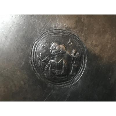 Plate Of Quest Of Saint Pierre In Pewter 18th
