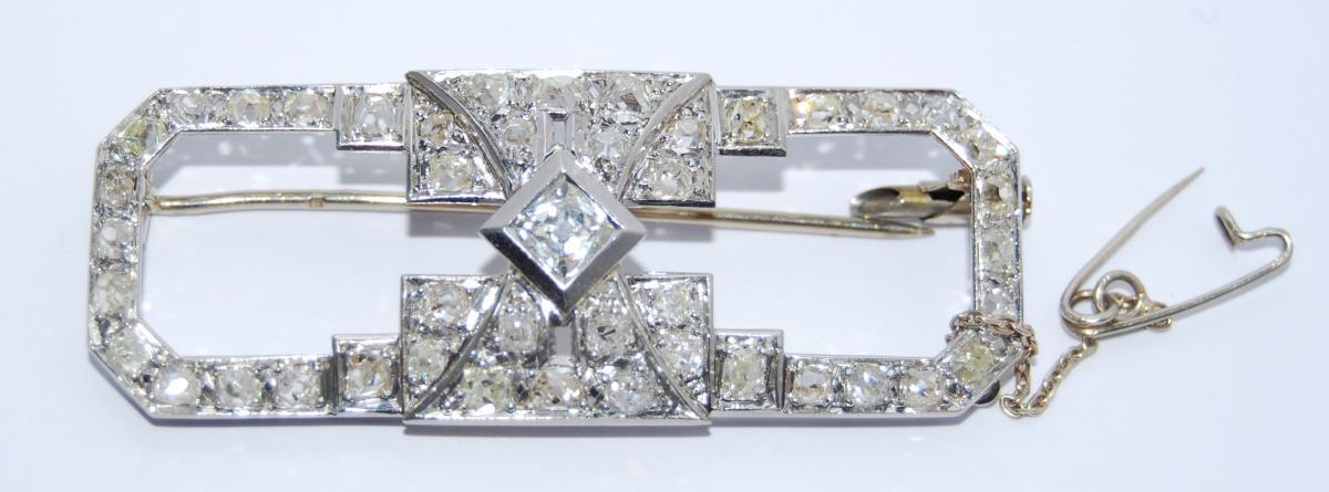 Broche 1930 Or Et Platine sertie de Diamants.
