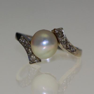 Bague perle et diamants 1920-1930.