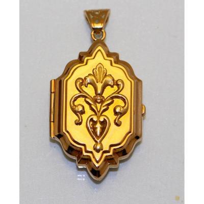 Gold Photo Pendant