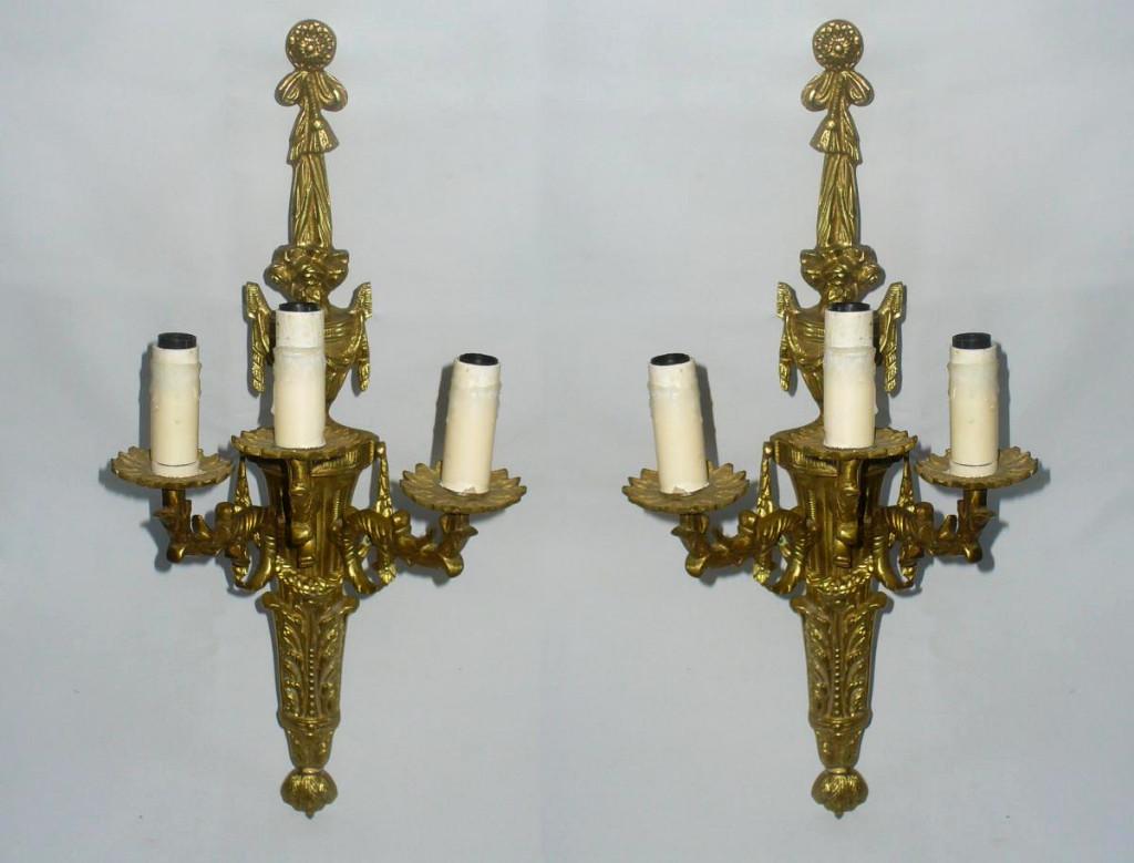 Paire De Grandes Appliques En Bronze Doré , De Style Louis XVI , Luminaire 1900