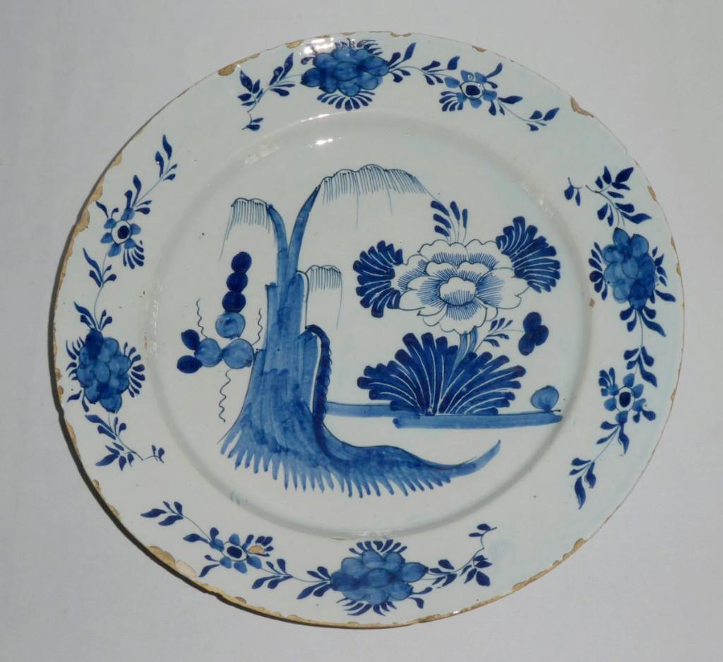 Grand Plat En Faience De Delft , Décor Japonisant , époque XVIIIe Siècle , Camaieu De Bleu