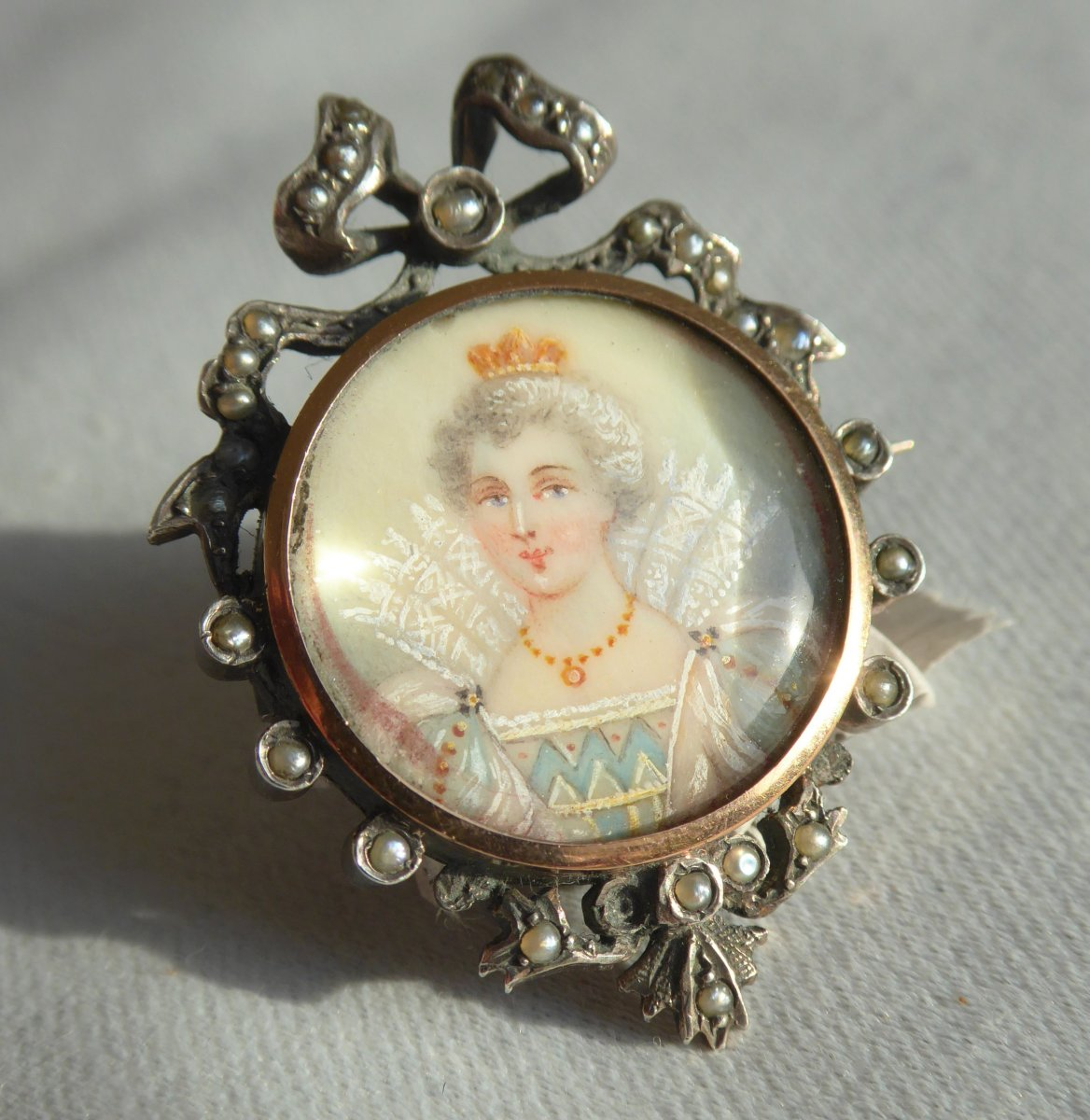 Broche époque Napoléon III Portrait De La Reine De France Marie De Medicis Bijou XIXe Royaliste