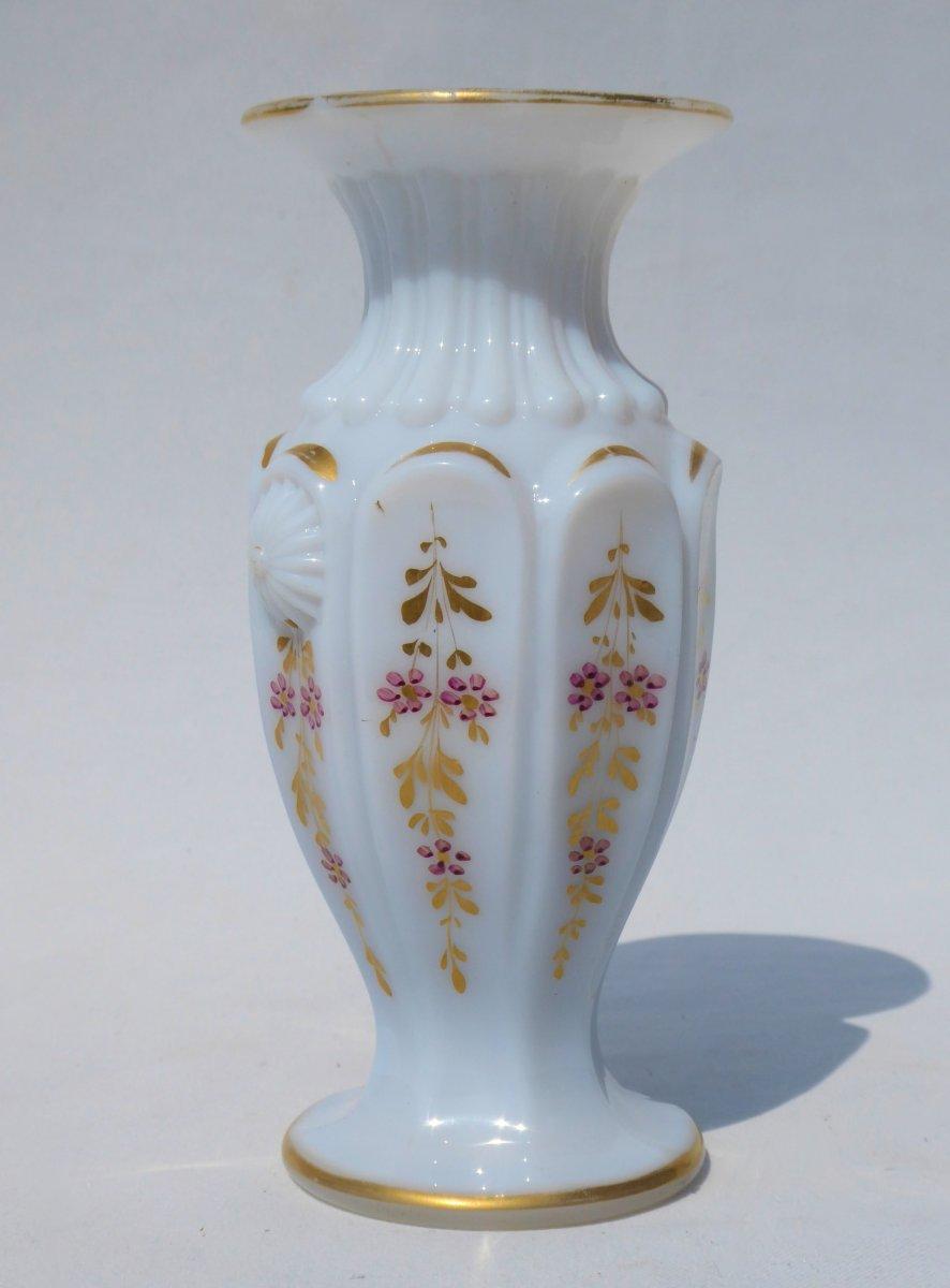 Vase à Violette En Opaline époque Charles X / Restauration Vers 1820 Style Gothique XIXe