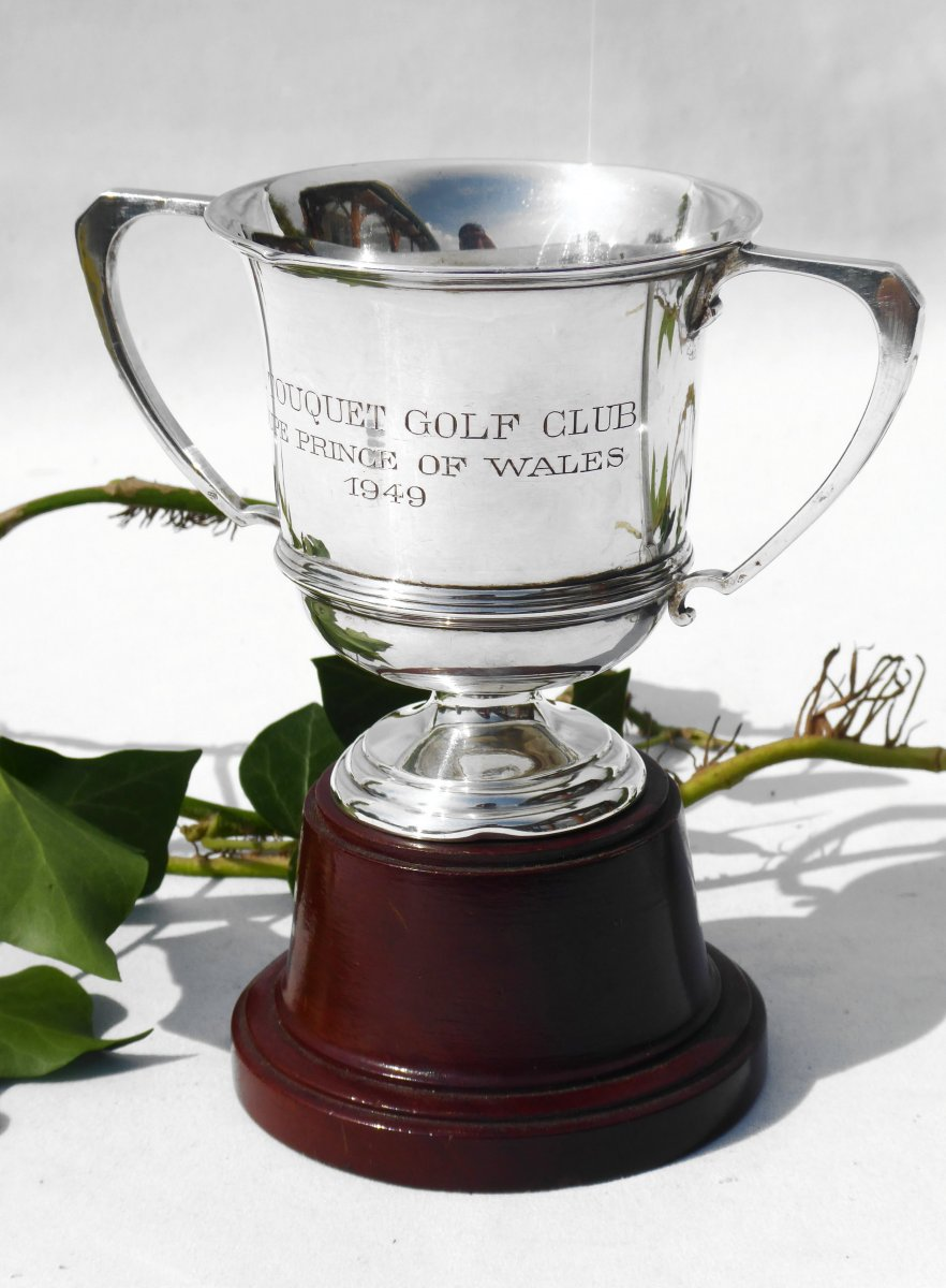 Golf Trophy In Sterling Silver, Mappin & Webb, Mahogany Base, Art Deco Trophee Sport Cup