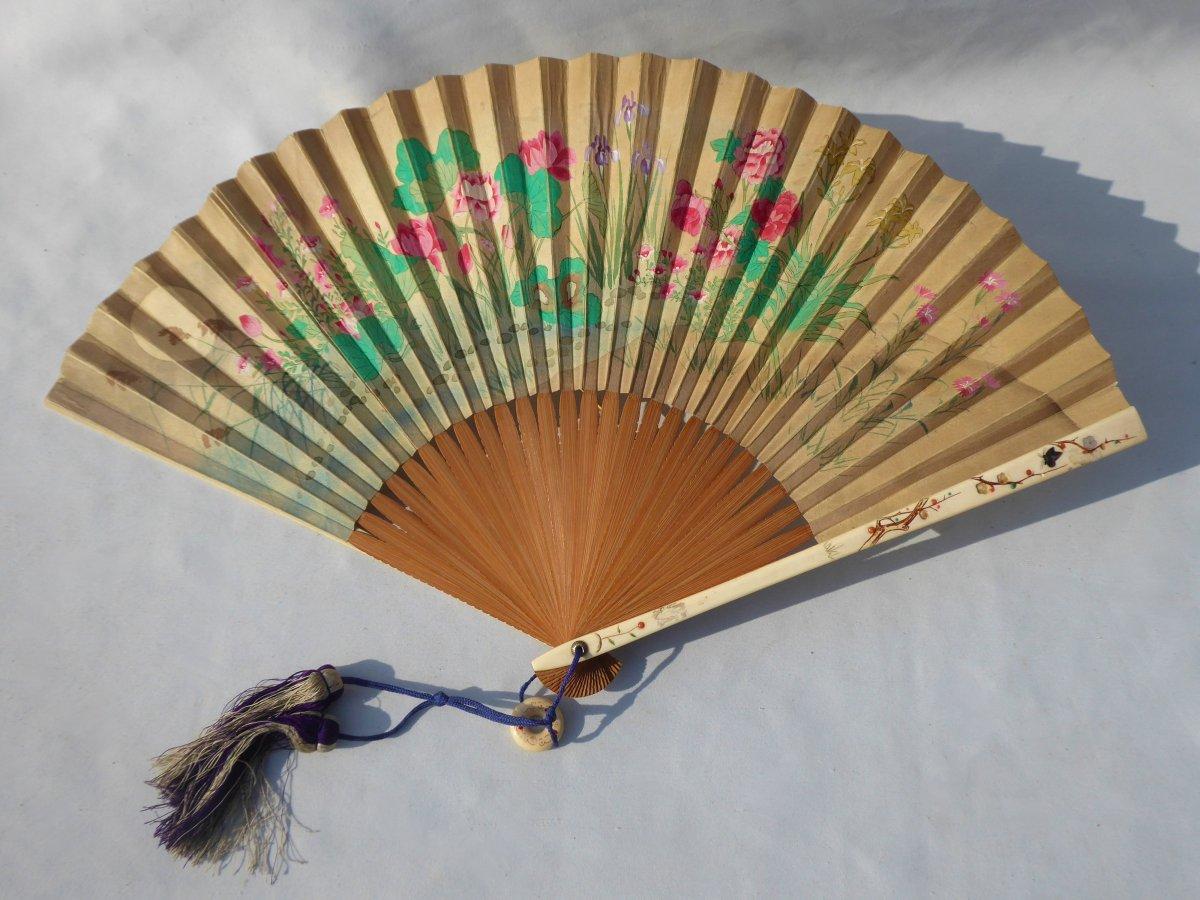 Fan From Japan, Wood Frame, Ivory & Mother Of Pearl 1890 Fan Print Asia XIXth