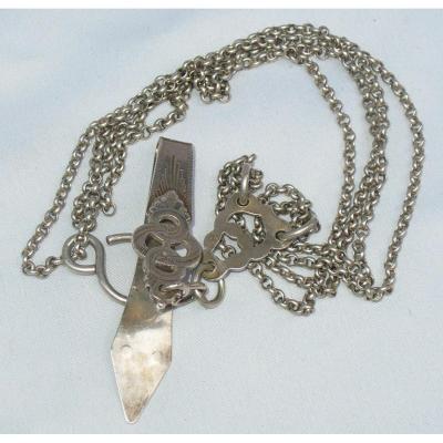 Great Chatelaine In Sterling Silver, Hallmark Minerva From Head, Keyboard Nineteenth Arlesienne