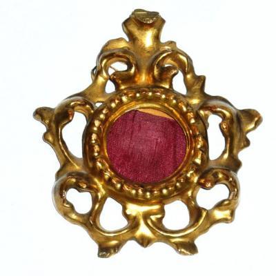 Cadre Rocaille Venitien De Style Louis XV En Bois Doré Et Sculpté , Epoque XIXe Pour Miniature