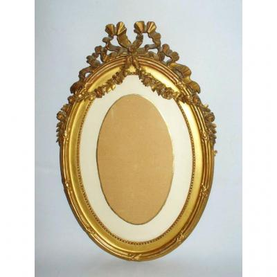 Oval Gilded Carved Wooden Frame, Garlands Flowers Style Louis XVI, Napoleon III Nineteenth