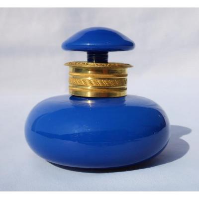 Flacon à Parfum En Opaline Bleue , époque Louis Philippe / Charles X , Bronze Doré XIXe Mélisse