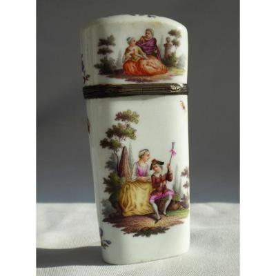 Necessary Travel Porcelain Painted Eighteenth Time, Louis XV Necessary Box At Couture