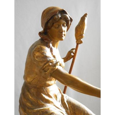 Grande Sculpture En Terre Cuite Goldscheider XIXe , Fileuse / Paysanne Jeanne d'Arc  Haniroff