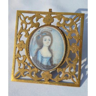 Portrait Peinture Miniature Sur Ivoire Epoque Louis XV , Signée Jeune Femme De Qualité XVIIIe