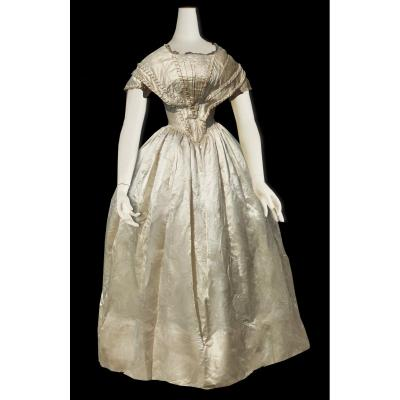 Robe De Mariee In Silk Period 1840 Crinoline, XIXth Costume, Louis Philippe Wedding Bride