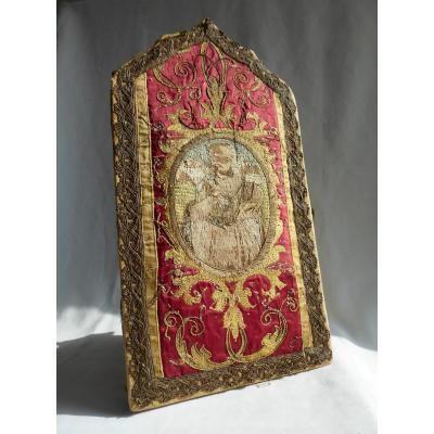 Coffret , Broderie Religieuse époque XVIIIe Siecle , Saint Pierre , écrin , Lithurgie XIXe Soie