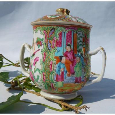 Tasse Couverte à Anses En Porcelaine De Canton XIXe , Chine , Sucrier