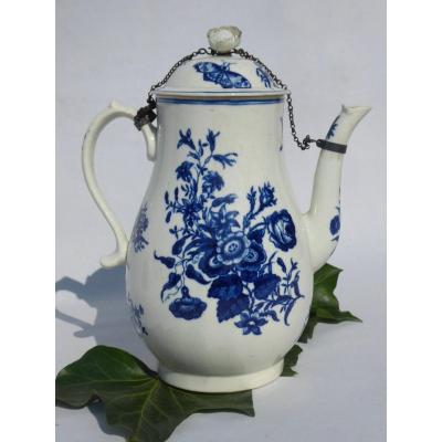 Verseuse En Porcelaine Tendre De Caughley époque XVIIIe Siecle , Décor Au Papillon Théière Bleu