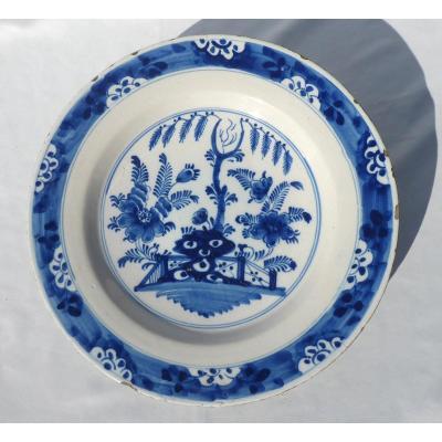 Large Delft Faience Dish, Camaieu De Bleu Eighteenth Century Chinese Decor Barriere
