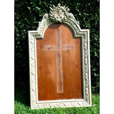 Patinated Carved Wood Frame For Christ / Crucifix In Ivory, Objects From The Passion 1900
