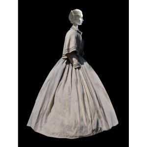 Crinoline Dress For Travel Or Seaside Linen Napoleon III Period Costume, Visit Coat Nineteenth