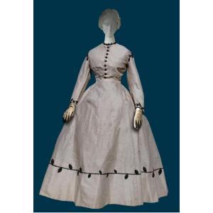 Robe De Jour Epoque Napoleon III , Costume A Crinoline Etamine De Laine XIXe Vetement
