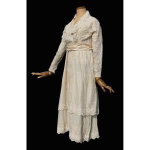 Robe De Mariée / Aprés Midi Epoque Belle Epoque , Vers 1910 , Costume De Jour En Linon Titanic